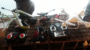 4 drones with batteries and chargers for Sale in Arvada, CO