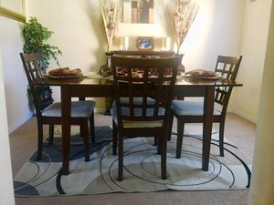 Kitchen table for Sale in Kissimmee, FL