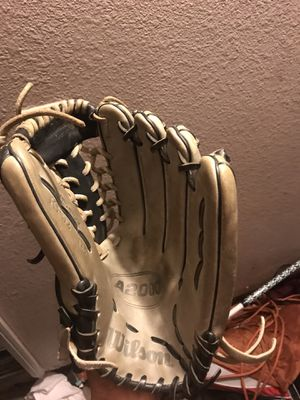 Baseball glove for Sale in Eastvale, CA