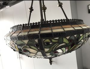 Beautiful ceiling lamp for sale, in great shape. First $50.00 takes it. for Sale in FL, US