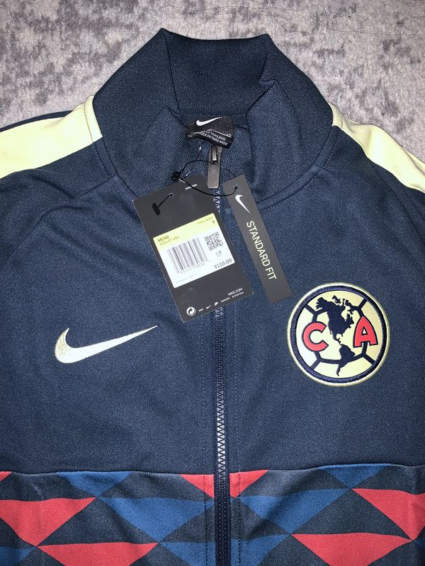 Nike Club america sweat shirt size small in men's