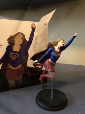 SuperGirl Collectible Statue for Sale in Houston, TX