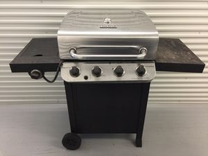 Char-Broil Gas BBQ Grill for Sale in SIENNA PLANT, TX