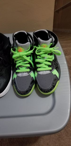 5.5y nike shoes for Sale in Lithonia, GA
