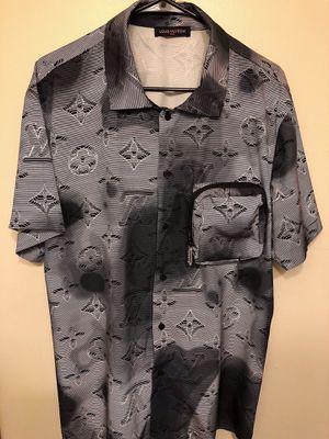 Unisex Monogram Shirt Sz M . Excellent! Serious buyers! for Sale in Hyattsville, MD