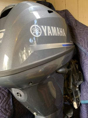Yamaha , 2017 4 Stroke , 25 hp , 10 hrs like new! Electric start and electric trim ! for Sale in Enumclaw, WA