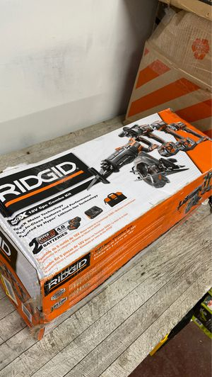 RIDGID 18-Volt Lithium-Ion Cordless 5-Tool Combo Kit with (2) 4.0 Ah Batteries, 18-Volt Charger, and Contractor's Bag for Sale in Glendale, AZ