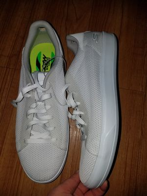 Skechers shoes size 10M for Sale in Arlington Heights, IL