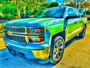 2015 Chevy Chevrolet Silverado LT 4x4 18900 for Sale in Hialeah, FL