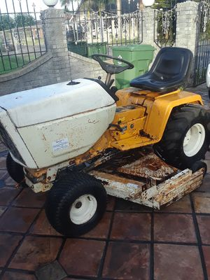 Cub Cadet Lawn and Garden tractor for Sale in Brownsville, TX