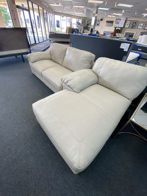 Random Ashley Couch half of one and a Chase lounge leather for Sale in San Antonio, TX