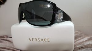 BRAND NEW AUTHENTIC BEAUTIFUL VERSACE MOD 2082-B SUNGLASSES $200 for Sale in Rosemead, CA