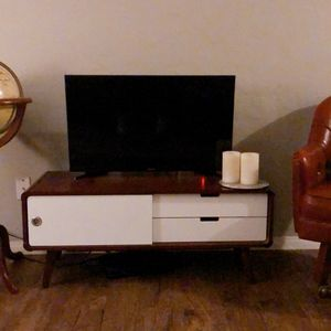 Retro Style Tv Stand / Media Center for Sale in National City, CA