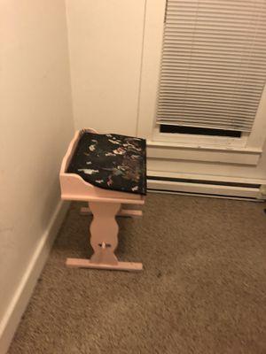 Kid's desk for Sale in Granite Falls, WA
