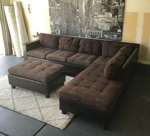Nice brown sectional sofa with ottoman • Good condition • Free delivery for Sale in Las Vegas, NV