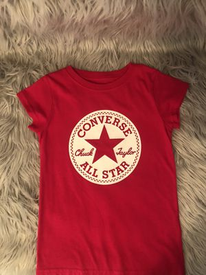 Hot pink girls Converse shirt size 5 for Sale in Houston, TX