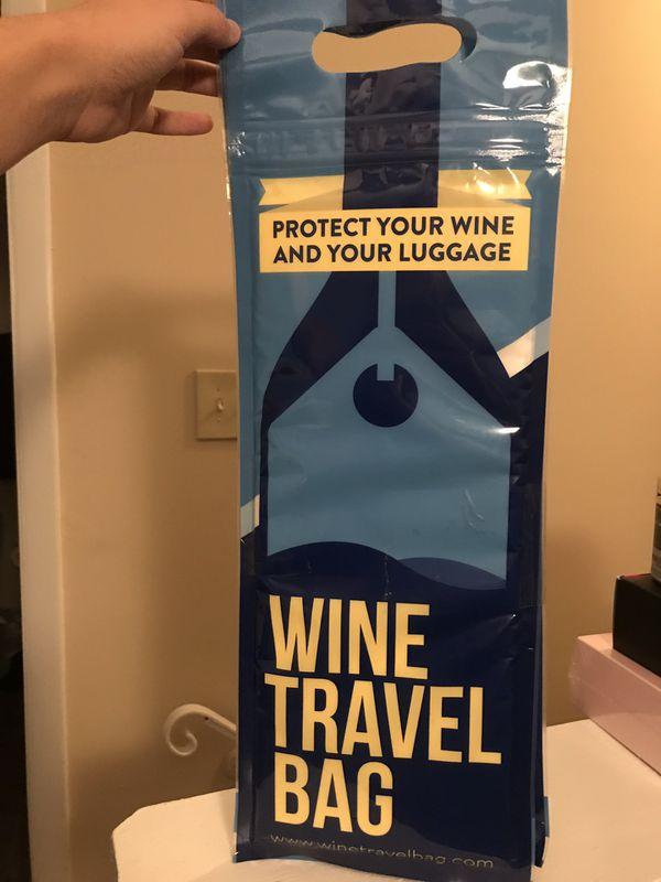 Wine travel bag- brand new (set of 2)