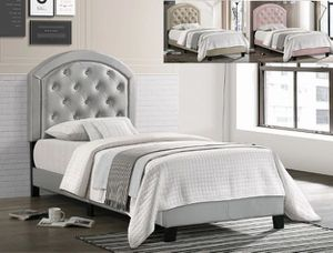 Gisel twin size bed, available in grey $249.00! In stock! Free delivery 🚚 for Sale in Ontario, CA
