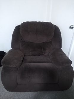 Brown Reclining Sofa/Couch for Sale in American Fork,  UT
