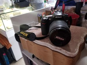 Nikon D90 for Sale in Los Angeles, CA