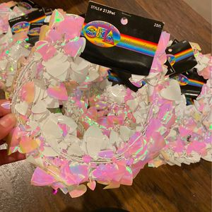 Light Pink & White Heart Shaped Wire Garland 24 Packs Of 25ft Brand New for Sale in Stockton, CA