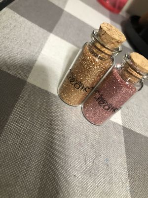 Eye glitter for Sale in Fresno, CA