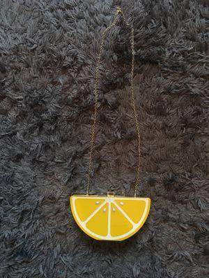 Lemon clutch purse for Sale in Lithonia, GA