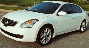 Good price 2007 Nissan Altima Clean interior for Sale in Lexington, KY
