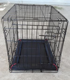 """Dog Kennel Dog Crate 24"""" Like New for Sale in Bakersfield, CA"""