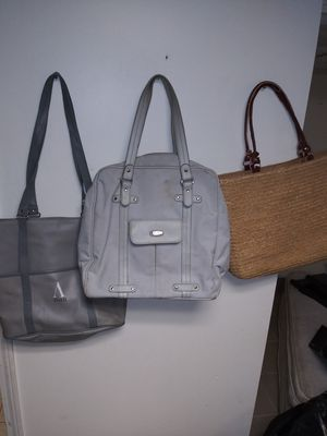 Womens messenger bags womens large purses 3 bags for Sale in Dearborn Heights, MI