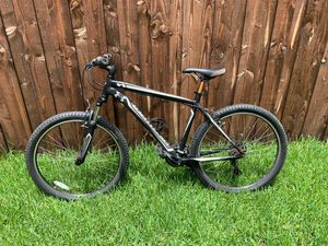 Specialized bike aluminum hard rock for Sale in Fort Worth, TX
