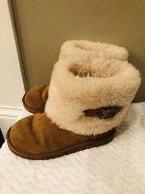 Ugg Boots. Size 4 for Sale in Houston, TX