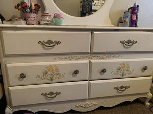 Dresser for Sale in Stockton, CA