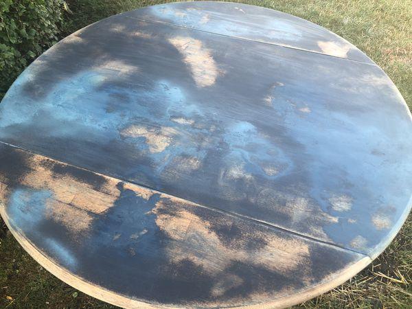 Boho pedestal table