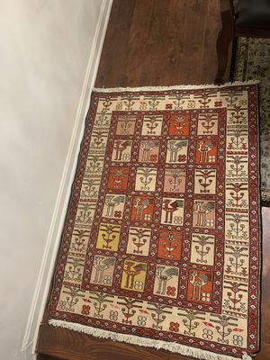 Vintage Soumak Rug. Rug silk and wool area rug for Sale in Sterling, VA