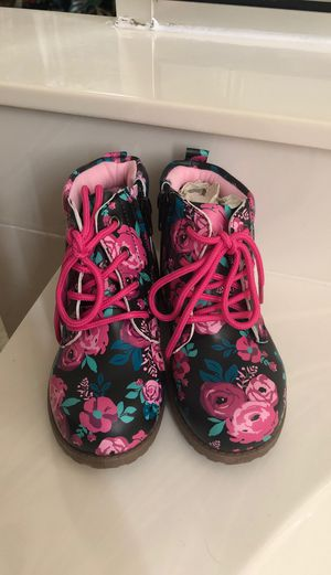 Toddler boots brand new for Sale in Mesa, AZ