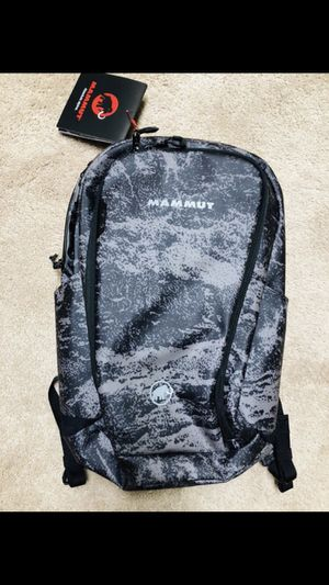 Mammut Seon Shuttle X 22L backpack brand new for Sale in Riverwoods, IL