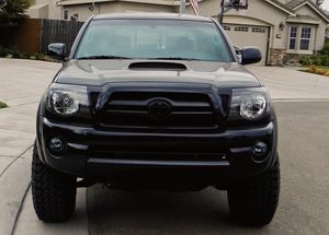 Amazing BLACK 4X4 2007 Toyota Tacoma for Sale in Chicago, IL