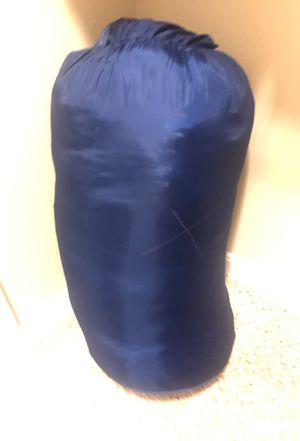 Queen size sleeping bag for camping for Sale in Raleigh, NC