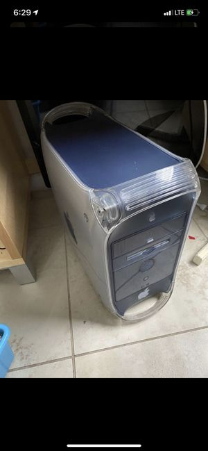 Mac g4 computer vintage as is still turns on good condition for Sale in Miami, FL