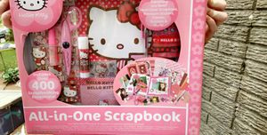 Hello kitty all-in-one Scrapbook for Sale in Barnhart, MO