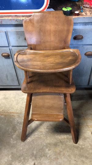 Vintage solid wood high chair for Sale in Johnstown, OH