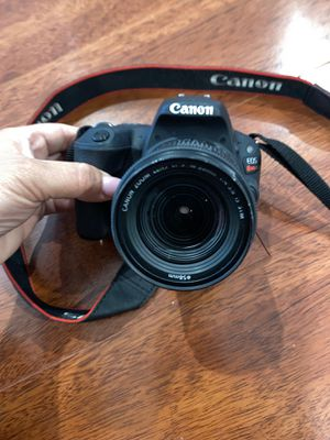 Canon EOS $450 for Sale in Los Angeles, CA