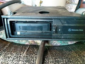 Mercedes Benz 6 disk changer for Sale in Little Hocking, OH