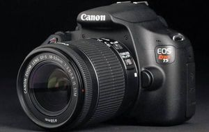 Canon T5 Like New Condition for Sale in Elk Grove, CA