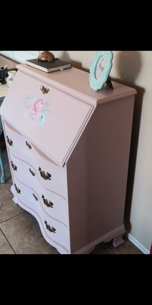 Pink floral Secretary desk with drawers for Sale in Surprise, AZ