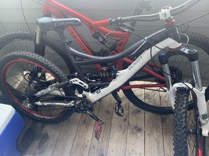 2011 Specialized SX Trail Downhill Mountain bike for Sale in Denver, CO