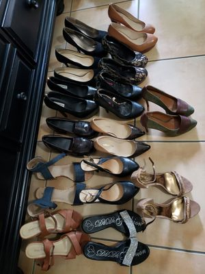 Shoes 8,81/2 for Sale in Hialeah, FL
