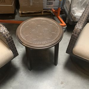 3PC WOVEN SET WITH SWIVEL NEW for Sale in North Las Vegas, NV