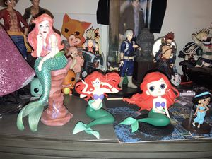 Disney princesses merch set, Ariel and Jasmine for Sale in Santa Clara, CA